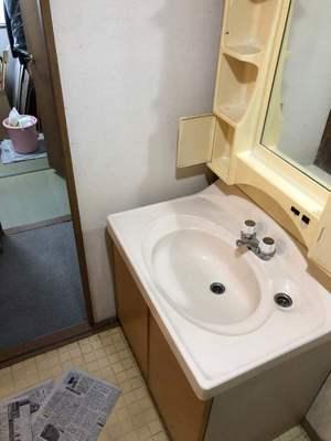 施工前洗面台.jpg