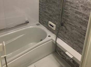 お風呂出入り口の段差を解消!
