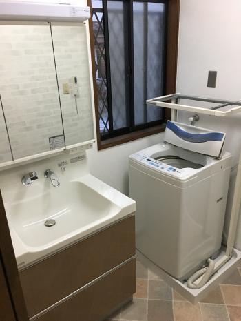 乾くん棚で水気のある物もすっきり収納できます。