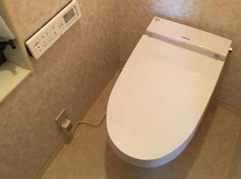 新素材「アクアセラミック」で、トイレは、いつまでも新品の輝きを保つ