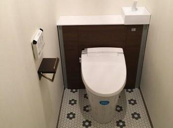「見た目がすっきり!」「お掃除がラク!」「使いやすくなった!」って、喜んでいただけるトイレです。
