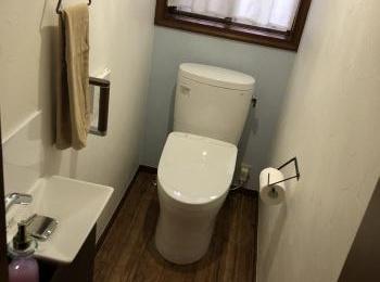手洗器を新設し、内装も一新して素敵な空間になりました。