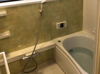 ゆるリラ浴槽、コンフォートウエーブシャワーバー、ほっカラリ床、魔法びん浴槽でとっても気持ちいいサザナ。