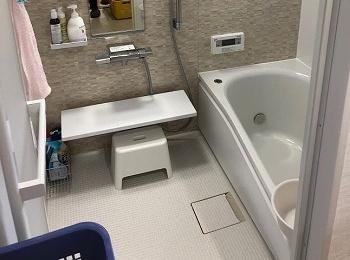 ほっカラリ床、魔法びん浴槽でとっても心地よいお風呂のサザナです。