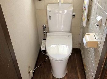 従来の陶器ではできなかった「ガンコな水アカ」も「汚物」もどちらも落とせる、お掃除ラクラクな衛生陶器です。
