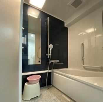 人間工学を応用したゆるリラ浴槽で身も心もリラックスのお風呂です。