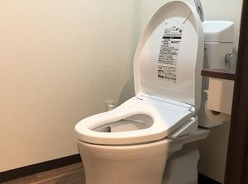 清潔でお手入れラクラク、高い節水性の快適トイレ『ピュアレストQR』