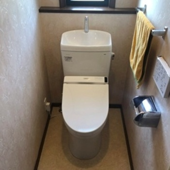 使いやすさ、お掃除のしやすさだけでなく、清潔性を追求したTOTOのトイレ。