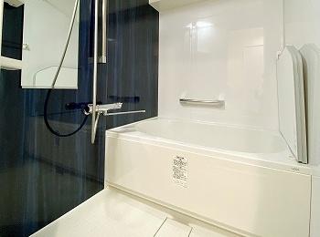 """もっと、お風呂が好きになる。 人がお風呂に求める""""心地いい""""という瞬間のために進化したバスルーム、リノビオV。"""