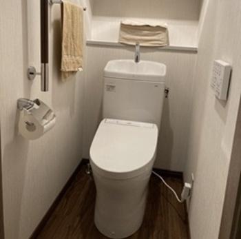 大4.8L・小3.6Lの超節水トイレ「ピュアレスト」の洗浄水量は従来の節水便器(13L)の約1/3。